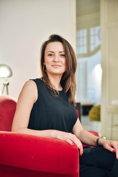 Mihaela Barbu,Communication Manager Cronicari Digitali și Head of New Media Zaga Brand