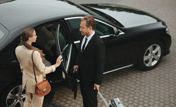 Yango lansează noul serviciu Premium în București