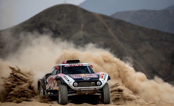 Raliul Dakar 2020 – două simboluri ale Dakarului şi nouă modele MINI sunt pregătite pentru acţiune la prima apariţie a legendarei competiţii în Arabia Saudită