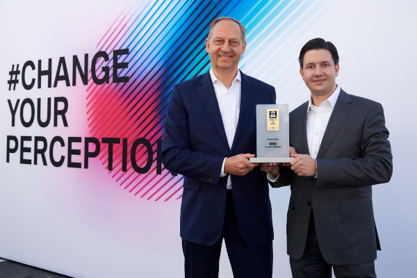 "BMW Group wins ""Connected Car Award"" for use of artificial intelligence in series production"