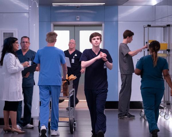 Doctorul cel bun, Sezon 2_AXN