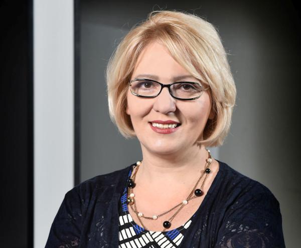 Elena Badea, Valoria
