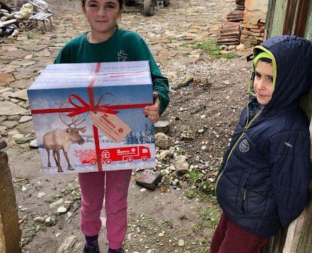 Peste 1000 pachete au ajuns la familii defavorizate din județul Brașov datorită Organizației Die Johanniter și a Fundației Michael Schmidt