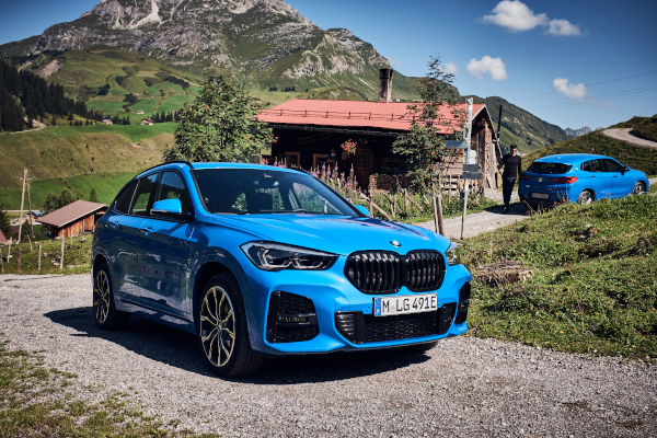 The new BMW X1 xDrive25e and the BMW X2 xDrive25e