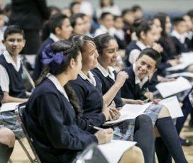 Gândeşte global, acţionează local: BMW Group se angajează să îmbunătăţească educaţia la nivel mondial