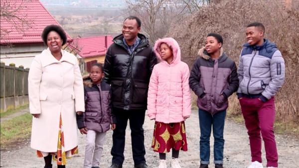 Asta-i RO, familia Nghirisi