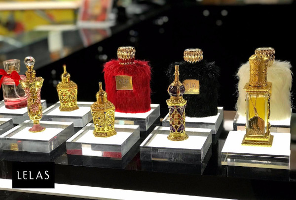 Lelas Carrefour Vulcan, parfumuri