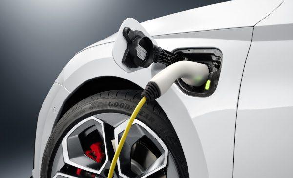 Noua OCTAVIA RS iV plug-in hibrid este principala atracție ŠKODA la Salonul Auto de la Geneva