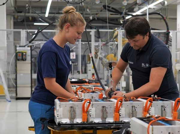 Production of high-voltage batteries at the BMW Group plant in Dingolfing