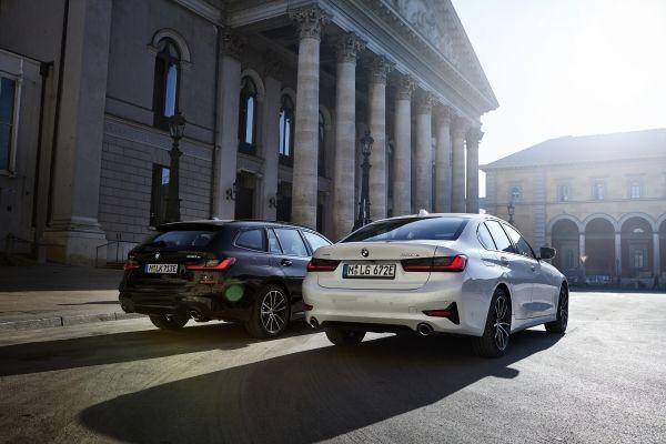 The BMW 330e xDrive Touring and the BMW 330e xDrive Sedan