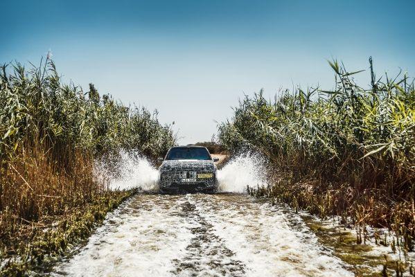 BMW iNEXT test climat cald