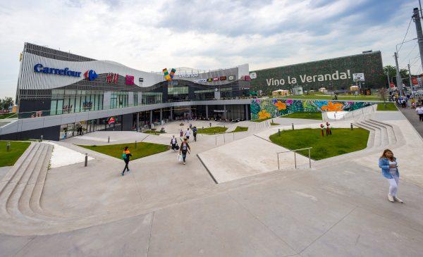 Programul de funcționare al Veranda Mall se restrânge, cu excepția Carrefour, al farmaciilor și serviciilor comunitare