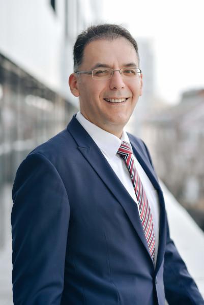 Burcin Atakan, Partener Consultanta Financiara, Deloitte