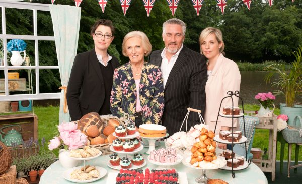 Competițiile culinare continuă la TV Paprika în mai, dar acum intră în scenă și maeștrii bucătari