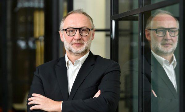Compania românească DocProcess continuă expansiunea internațională prin inaugurarea unui birou comercial în Paris