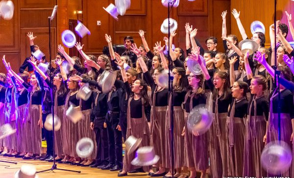 Stagiunea online a Corului de Copii Radio: CĂLĂTORIE PE ÎNTREGUL MAPAMOND, la aniversarea a 75 de ani de activitate