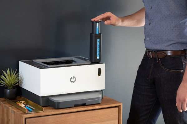 HP Neverstop being filled with HP Toner reload kit
