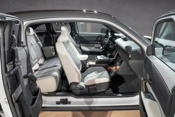 Mazda MX-30 Interior 1