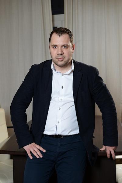 Adrian Apostol