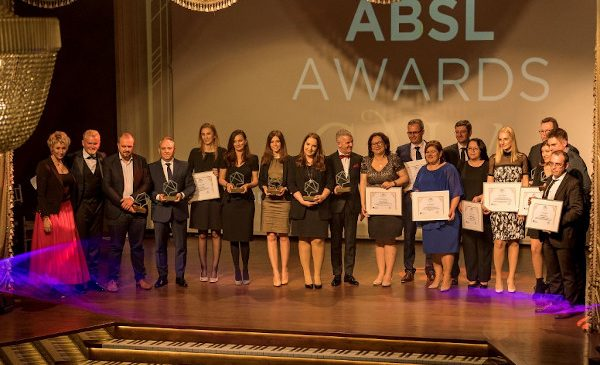ABSL a premiat online cele mai inovative proiecte ale industriei de business services