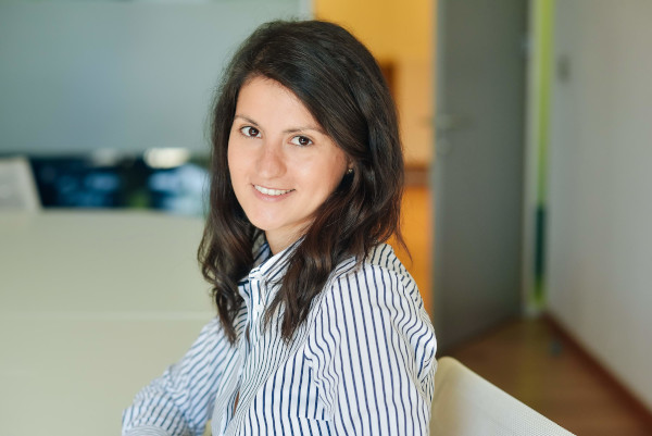 Cristina Manea, Deloitte