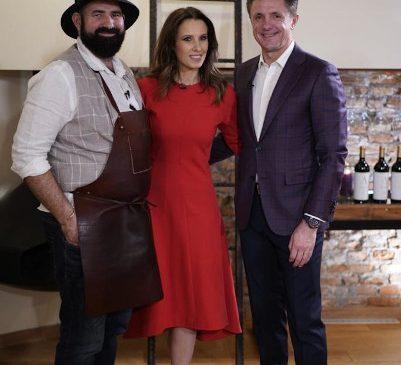 LA CINĂ – emisiune nouă la Digi24, cu Ionela Năstase și Adi Hădean
