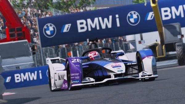 """Maximilian Günther încheie al treilea şi obţine un nou podium în a treia cursă din """"ABB Formula E Race at Home Challenge"""""""