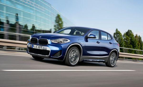Noul BMW X2 plug-in hybrid şi update pentru gama BMW X2