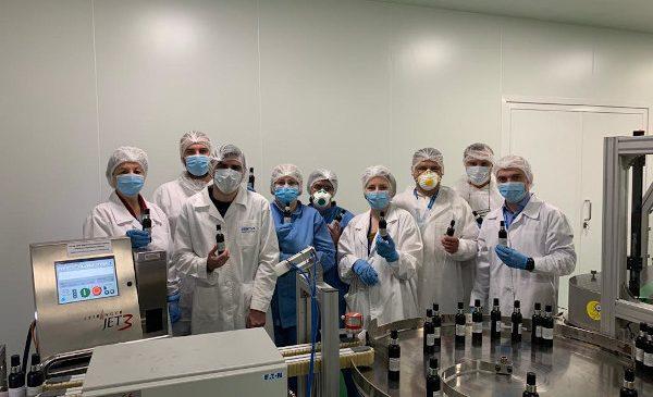 Zentiva face un nou pas în lupta împotriva coronavirusului și donează 3600 litri de dezinfectanți