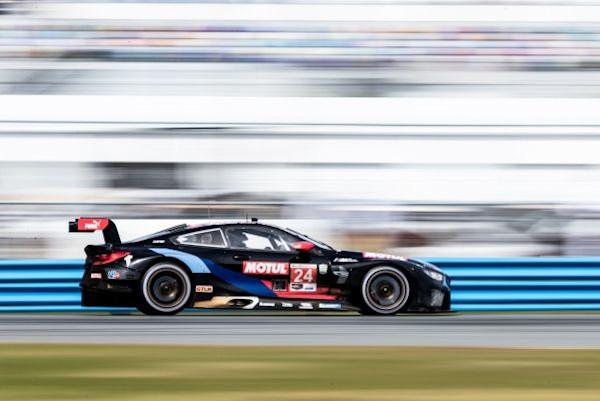 BMW Team RLL revine la Daytona International Speedway