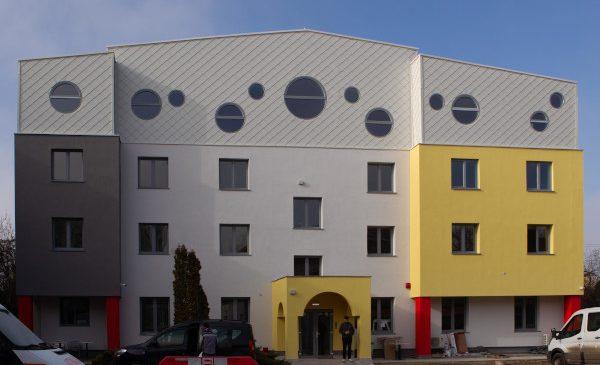 Casele Ronald McDonald își redeschid ușile pentru familiile copiilor spitalizați pentru tratamente îndelungate