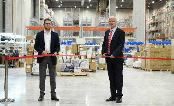 Peste 400 000 euro, investiți în echiparea unui nou depozit: Dentotal Protect a inaugurat centrul logistic din Eli Park Chitila