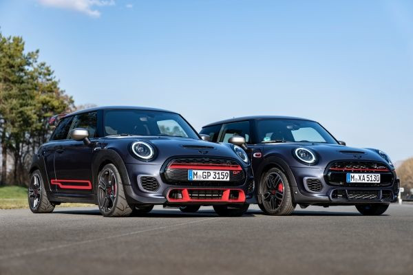 Family Shot - The MINI John Cooper Works with GP Pack and the new MINI Cooper Works GP