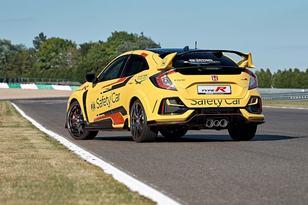 Honda Civic Type R Limited Edition is the 2020 WTCR Official Safety Car 2