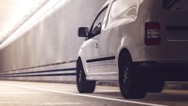 Tendințe pe piața locală de vehicule comerciale rulate: ce utilaje preferă românii