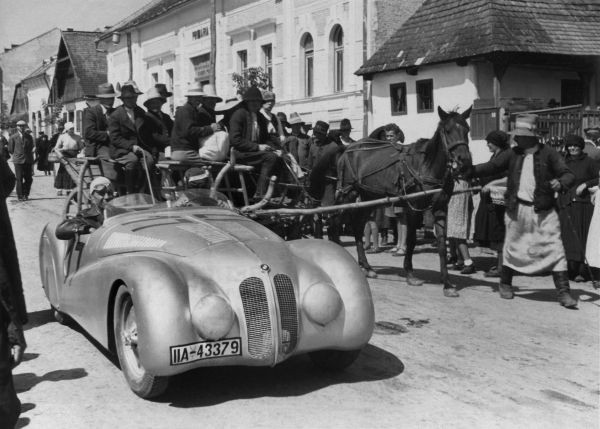Briem in the BMW 328 Mille Miglia Roadster on the way to the Rumanian Grand Prix, Brasov (Kronstadt), 1940