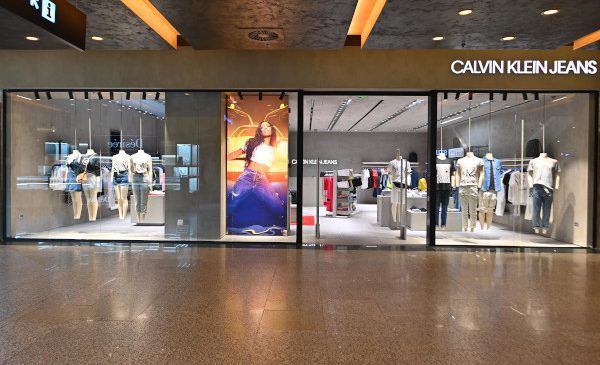 SARKK SA deschide primul magazin CALVIN KLEIN JEANS din Timișoara