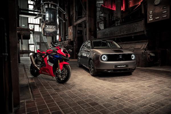 Honda e and Fireblade Take Centre Stage At Prestigious Red Dot Design