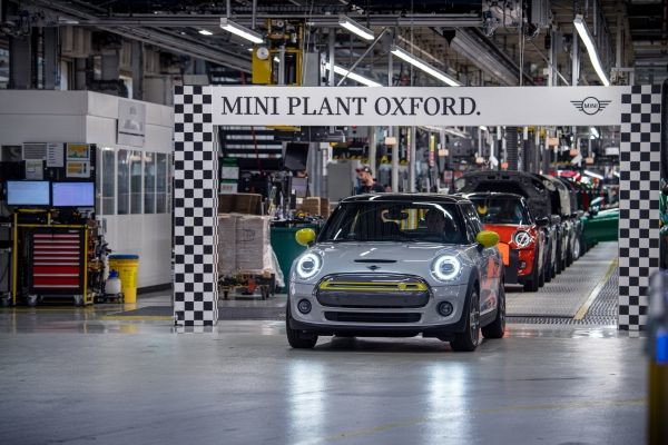 MINI Electric rolls off production line