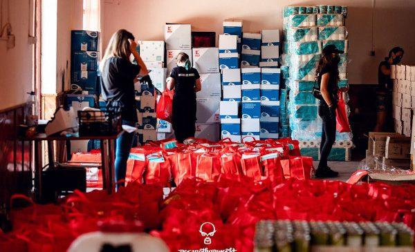 Peste 9 tone de produse alimentare și materiale sanitare au fost donate în urma festivalului caritabil Rocanotherworld