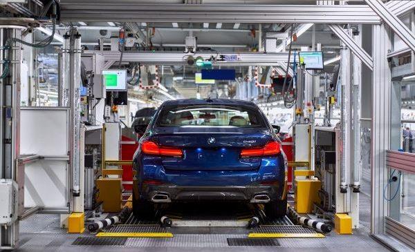 Start de producţie pentru BMW Seria 4 Coupe la fabrica de la Dingolfing, Germania, alături de alte 4 modele noi