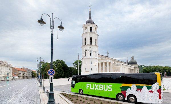 FlixBus lansează rețeaua domestică din UK și anunță primele curse din Țările Baltice