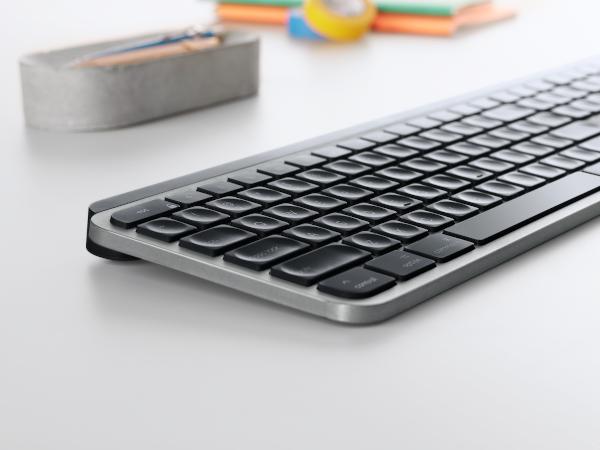 Logitech MX Keys pentru Mac