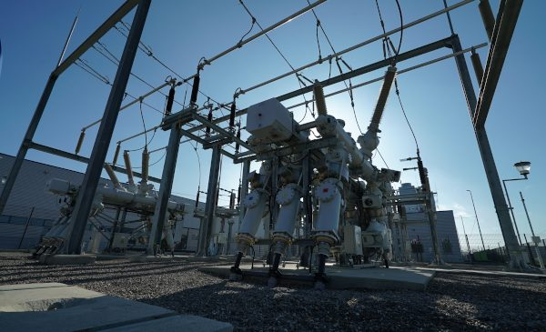 E-Distribuție investește 100 de milioane de euro în 2020, în modernizarea rețelelor electrice din România