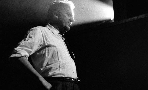 """Expoziția """"Lights on! Fellini's 8 ½"""", la București   Noaptea Albă a Galeriilor"""