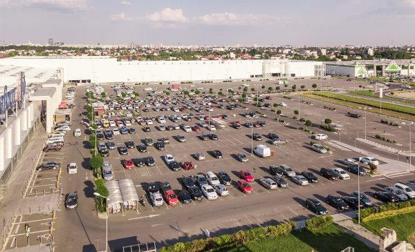 Colosseum Mall intră în parteneriat cu Renovatio pentru realizarea unui sistem fotovoltaic de 1 MWp, în scopul eficientizării consumului de energie și reducerii emisiilor de dioxid de carbon