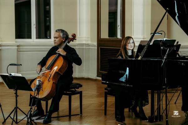 Makcim Fernandez Samodaiev și Monica Florescu. Foto Rares Helici