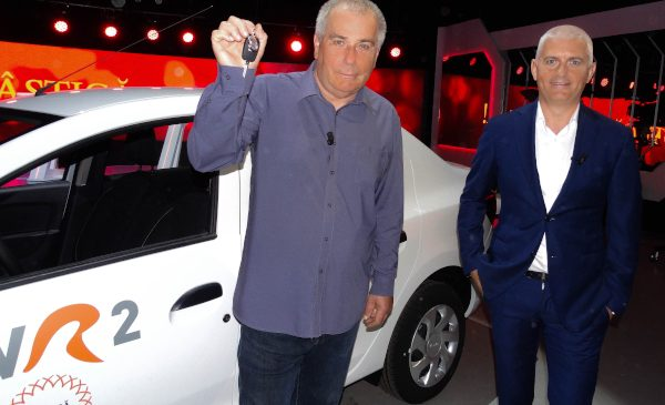 """Corneliu Negru a obţinut Marele Premiu """"Câștigă România!"""", un autoturism"""