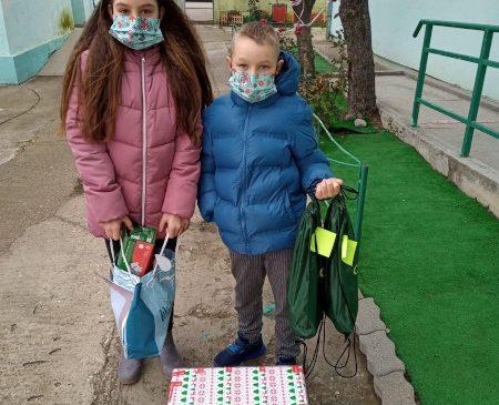 Naguma Medical Supply SRL a donat 400.000 de măști medicale Fundației United Way România