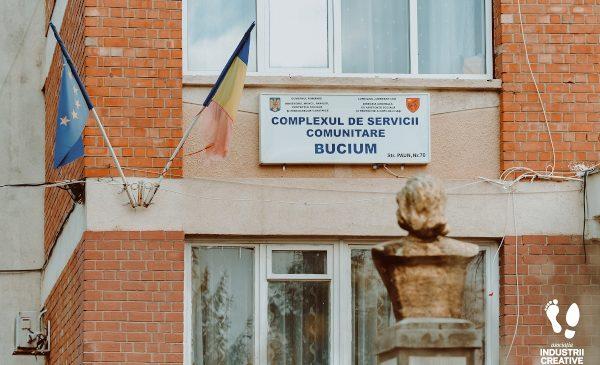 Școala online altfel: Scriitori și jurnaliști vor fi profesori pentru copiii dintr-un centru social din Iași